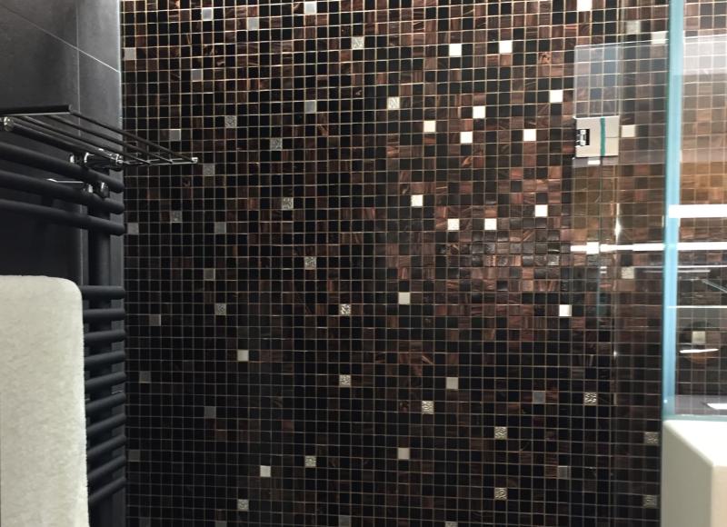 Glasmosaik in Dusche